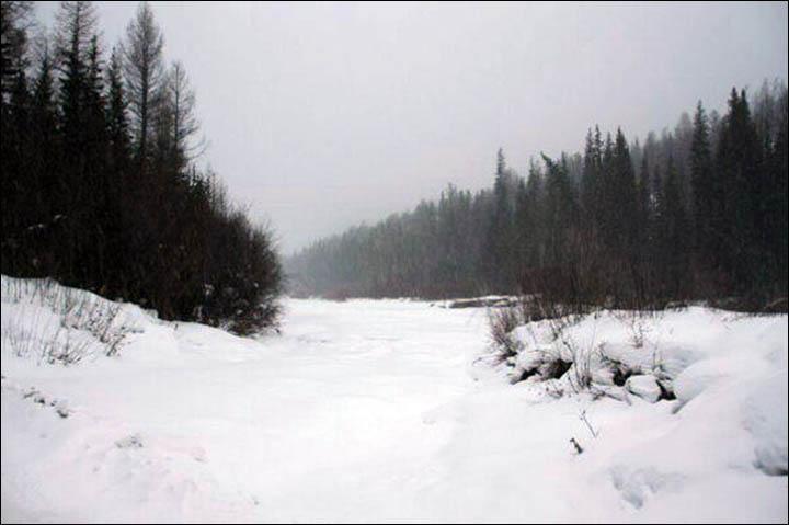 Chặng đường đi một màu trắng của băng tuyết